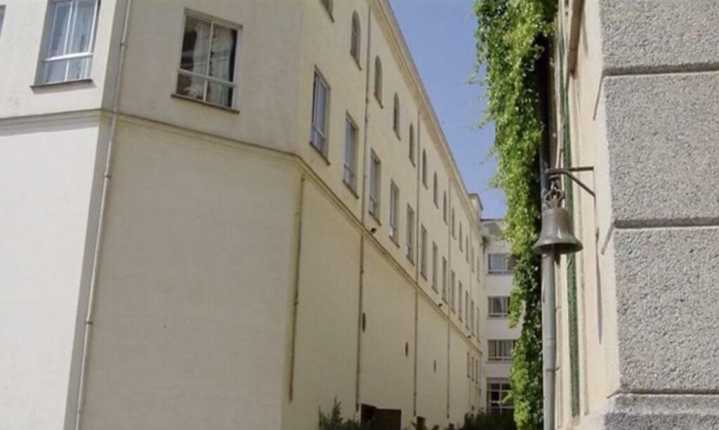 Colegio San Antonio de Padua - La campana