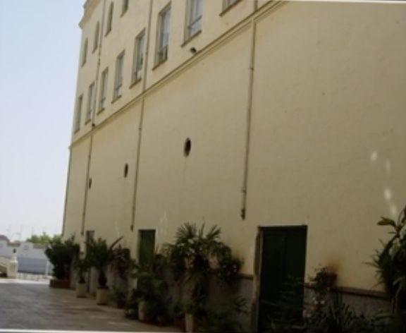 Colegio San Antonio de Padua - Entre edificios