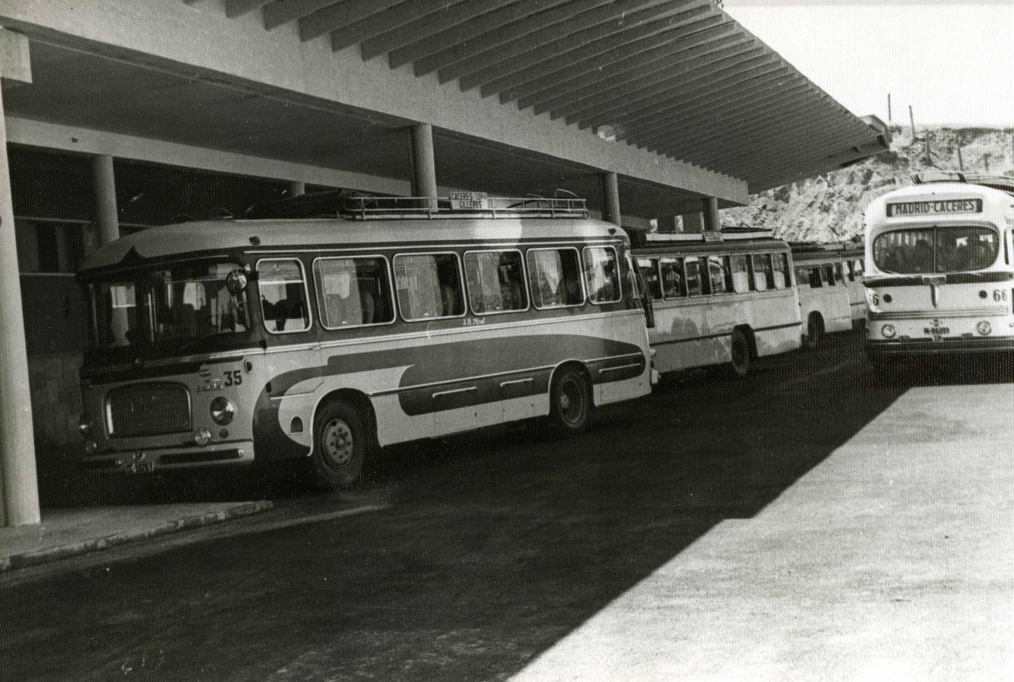 1963 - Dársenas de la estación
