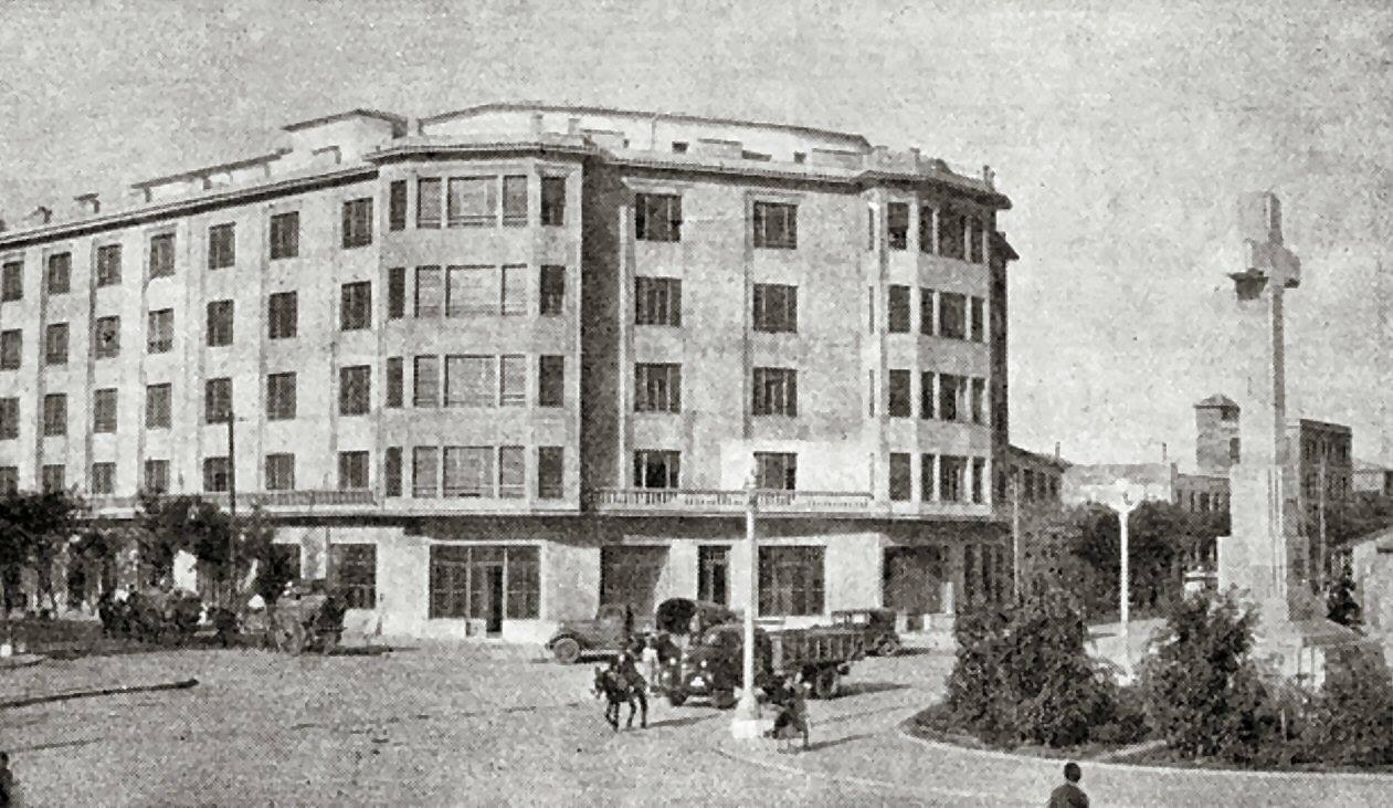 1947 - Edificio de Sobrinos de Gabino Diez recién terminado